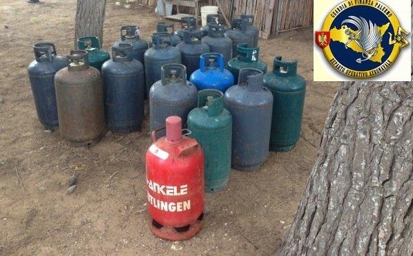 https://www.ragusanews.com/resizer/resize.php?url=https://www.ragusanews.com//immagini_articoli/21-02-2015/1424531410-0-sequestrato-deposito-abusivo-di-gas.jpg&size=804x500c0