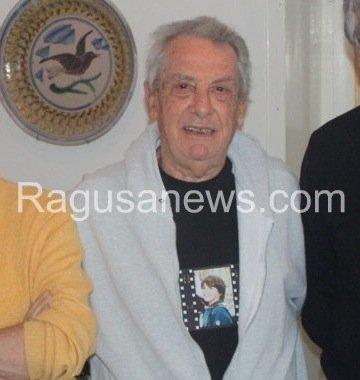 https://www.ragusanews.com/resizer/resize.php?url=https://www.ragusanews.com//immagini_articoli/21-05-2014/1400694525-e-morto-il-prof-ezio-caruso.jpg&size=474x500c0