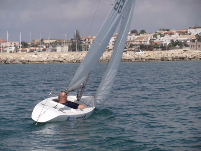 https://www.ragusanews.com/resizer/resize.php?url=https://www.ragusanews.com//immagini_articoli/21-08-2017/1503333015-1-viaggio-ignazio-drago-catamarano.jpg&size=667x500c0