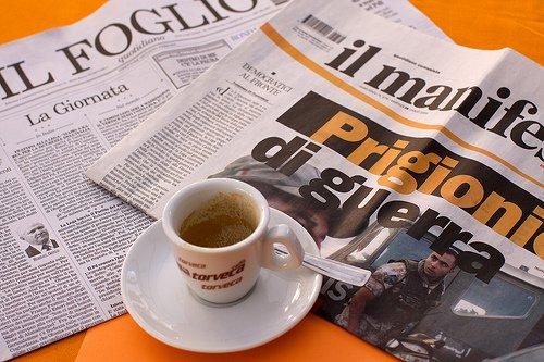 https://www.ragusanews.com/resizer/resize.php?url=https://www.ragusanews.com//immagini_articoli/22-04-2010/1396865444-i-nostri-dialoghi-al-bar-la-mattina-davanti-al-caffe-e-al-giornale-cos-altro-ci-potra-stupire.jpg&size=751x500c0