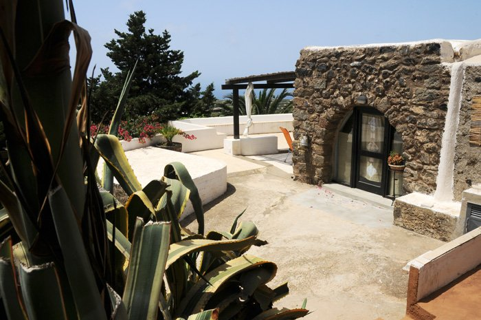 https://www.ragusanews.com/resizer/resize.php?url=https://www.ragusanews.com//immagini_articoli/22-08-2016/1471872543-1-zingaretti-da-pantelleria-la-sicilia-deve-essere-valorizzata.jpg&size=753x500c0