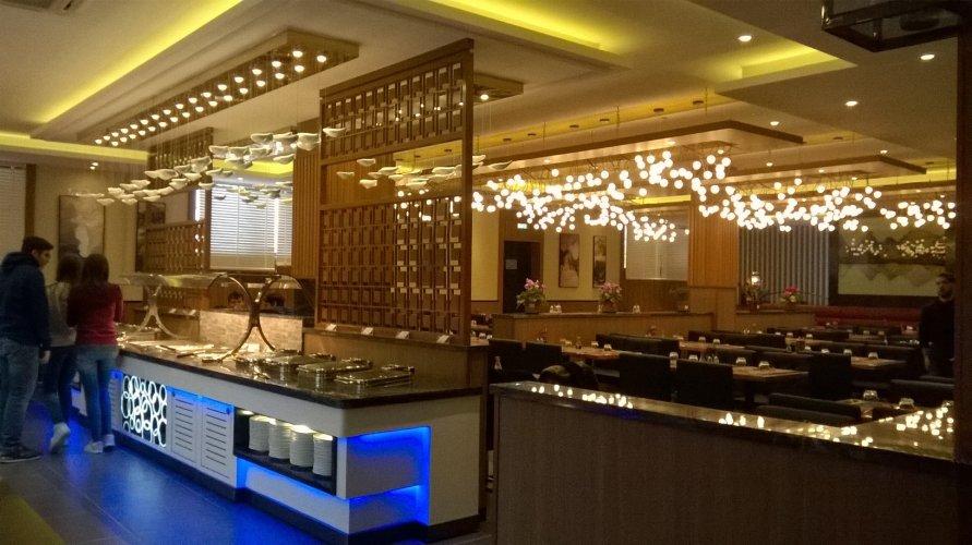 https://www.ragusanews.com/resizer/resize.php?url=https://www.ragusanews.com//immagini_articoli/22-12-2017/1513951068-2-ilufa-sushi-grande-qualita-ambiente-elegante-foto.jpg&size=891x500c0