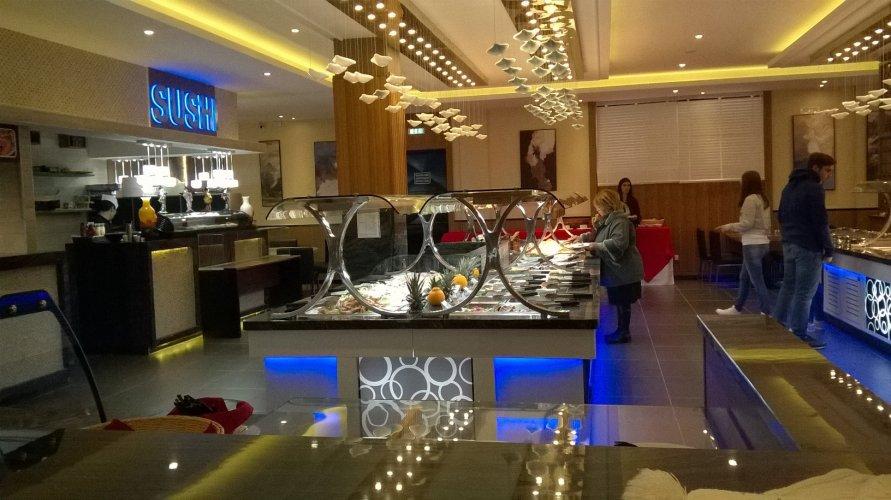 https://www.ragusanews.com/resizer/resize.php?url=https://www.ragusanews.com//immagini_articoli/22-12-2017/1513951068-3-ilufa-sushi-grande-qualita-ambiente-elegante-foto.jpg&size=891x500c0
