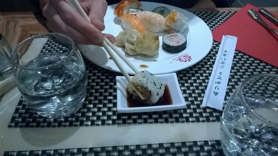 https://www.ragusanews.com/resizer/resize.php?url=https://www.ragusanews.com//immagini_articoli/22-12-2017/1513951068-4-ilufa-sushi-grande-qualita-ambiente-elegante-foto.jpg&size=891x500c0