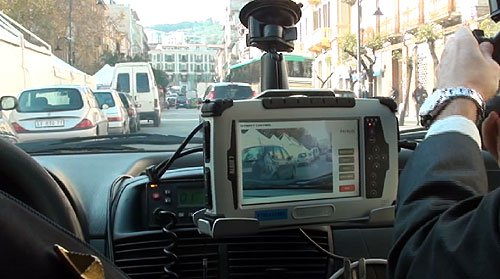 https://www.ragusanews.com/resizer/resize.php?url=https://www.ragusanews.com//immagini_articoli/23-05-2015/1432406785-0-ragusa-comandante-polizia-locale-nessun-uso-vessatorio.jpg&size=896x500c0