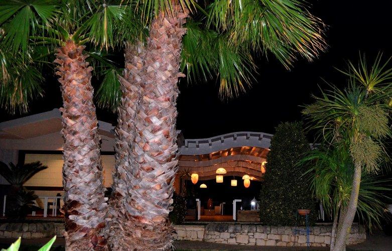 https://www.ragusanews.com/resizer/resize.php?url=https://www.ragusanews.com//immagini_articoli/23-07-2018/1532334301-3-nave-veranda-sirenetta.jpg&size=781x500c0