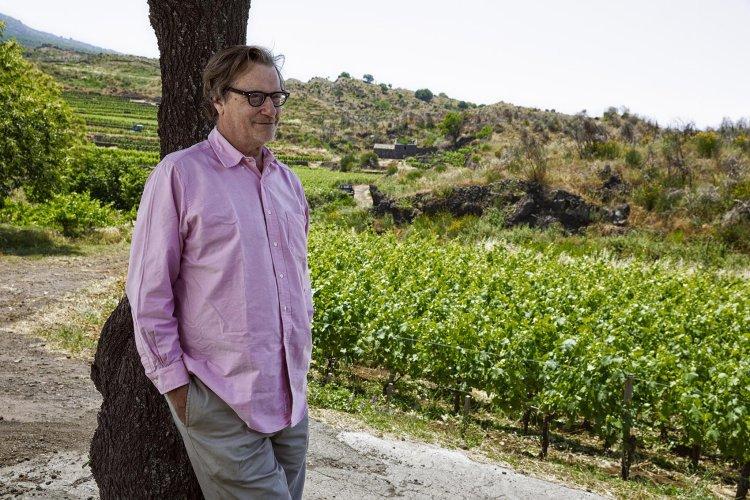 https://www.ragusanews.com/resizer/resize.php?url=https://www.ragusanews.com//immagini_articoli/23-08-2015/1440348889-1-si-presenta-gente-e-vino-dell-etna-concerto-di-davide-di-rosolini.jpg&size=750x500c0