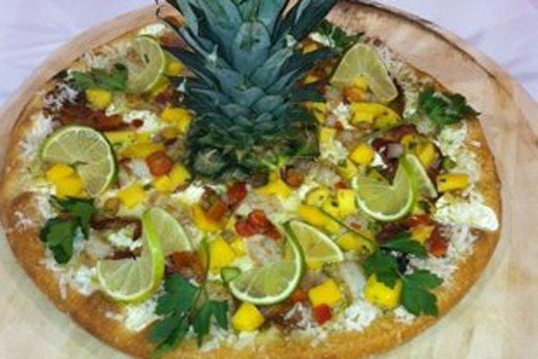 https://www.ragusanews.com/resizer/resize.php?url=https://www.ragusanews.com//immagini_articoli/23-10-2017/1508753112-2-pizza-condimenti-assurdi-cibi-mondo.jpg&size=750x500c0