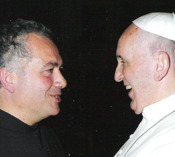 https://www.ragusanews.com/resizer/resize.php?url=https://www.ragusanews.com//immagini_articoli/24-10-2014/1414164024-1-un-pozzallese-custodisce-la-chiesa-in-cui-e-morto-san-francesco.jpg&size=557x500c0