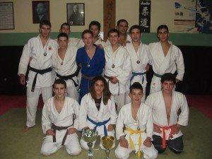 https://www.ragusanews.com/resizer/resize.php?url=https://www.ragusanews.com//immagini_articoli/25-05-2013/1396120014-i-risultati-della-judo-club-koizumi.jpg&size=667x500c0