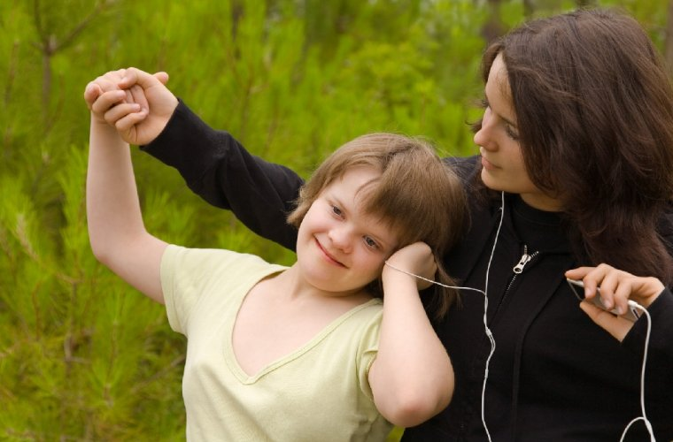 https://www.ragusanews.com/resizer/resize.php?url=https://www.ragusanews.com//immagini_articoli/25-12-2013/1396118363-disabilita-mentale-finanziato-un-progetto-a-modica.jpg&size=760x500c0