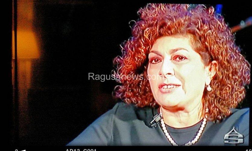 https://www.ragusanews.com/resizer/resize.php?url=https://www.ragusanews.com//immagini_articoli/26-01-2016/1453802345-0-sant-agata-salvo-la-rosa-a-vm-l-on-giuffrida-torna-a-telecolor.jpg&size=835x500c0