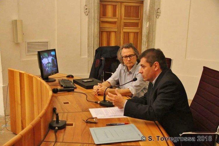 https://www.ragusanews.com/resizer/resize.php?url=https://www.ragusanews.com//immagini_articoli/26-01-2018/1516969364-1-sicilia-vista-cielo-lezione-alluniversita-catania.jpg&size=750x500c0