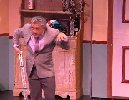 https://www.ragusanews.com/resizer/resize.php?url=https://www.ragusanews.com//immagini_articoli/27-02-2015/1425063020-0-u-ruppu-ra-cravatta-al-teatro-italia.png&size=644x500c0