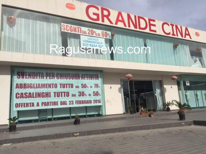 https://www.ragusanews.com/resizer/resize.php?url=https://www.ragusanews.com//immagini_articoli/27-02-2016/1456580399-0-a-modica-chiudono-i-cinesi.jpg&size=667x500c0