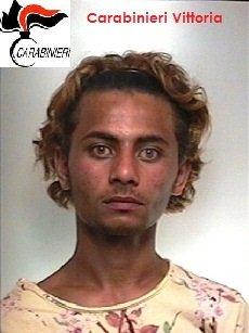 https://www.ragusanews.com/resizer/resize.php?url=https://www.ragusanews.com//immagini_articoli/27-06-2015/1435409164-3-maxi-rissa-a-vittoria-arresti.jpg&size=375x500c0