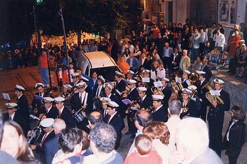 https://www.ragusanews.com/resizer/resize.php?url=https://www.ragusanews.com//immagini_articoli/27-11-2013/1396118584-abbate-spende-90-mila-euro-per-la-banda-musicale-ma-non-doveva-pagare-i-debiti-a-scicli.jpg&size=753x500c0