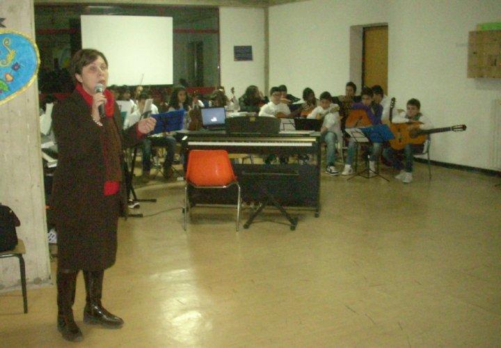 https://www.ragusanews.com/resizer/resize.php?url=https://www.ragusanews.com//immagini_articoli/28-01-2012/1396122696-open-day-alla-scuola-sciascia-di-scoglitti.jpg&size=720x500c0
