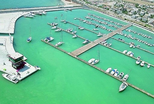 https://www.ragusanews.com/resizer/resize.php?url=https://www.ragusanews.com//immagini_articoli/28-11-2014/1417171464-0-pizzo-al-porto-di-marina-di-ragusa-due-condanne.jpg&size=742x500c0