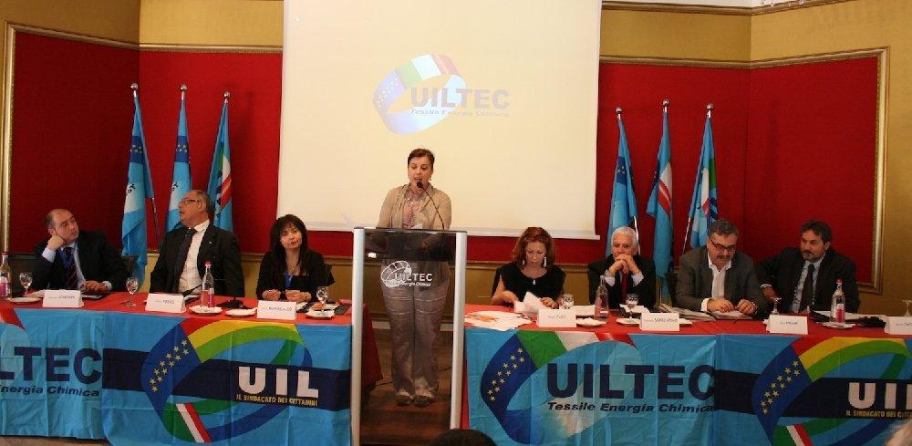 https://www.ragusanews.com/resizer/resize.php?url=https://www.ragusanews.com//immagini_articoli/29-04-2014/1398807895-uiltec-sicilia-unica-identita-per-la-nuova-macro-area-del-sud-est.jpg&size=1022x500c0