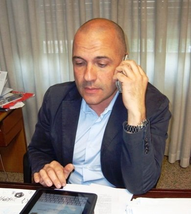 https://www.ragusanews.com/resizer/resize.php?url=https://www.ragusanews.com//immagini_articoli/29-05-2013/1396119996-codici-rossi-al-pronto-soccorso-aliquo-rassicura.jpg&size=446x500c0