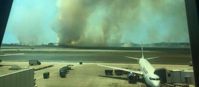 https://www.ragusanews.com/resizer/resize.php?url=https://www.ragusanews.com//immagini_articoli/29-07-2015/1438174422-1-incendio-a-fiumicino-ritardi-nei-voli.jpg&size=1133x500c0
