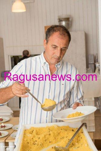 https://www.ragusanews.com/resizer/resize.php?url=https://www.ragusanews.com//immagini_articoli/29-07-2017/1501334910-1-serata-glam-champagne-lido-azzurro.jpg&size=334x500c0