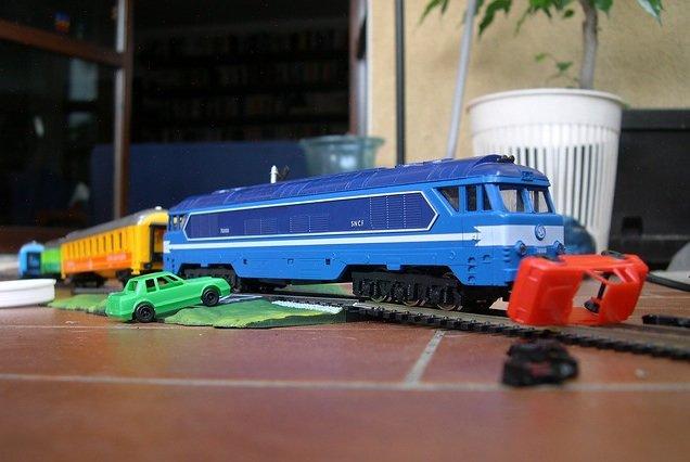 https://www.ragusanews.com/resizer/resize.php?url=https://www.ragusanews.com//immagini_articoli/30-01-2014/1396118077-linvincibile-passaggio-a-livello-di-via-paestum-a-ragusa-aperto-col-treno-in-transito.jpg&size=746x500c0