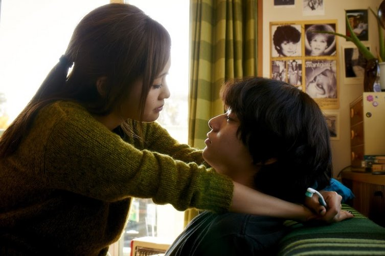 https://www.ragusanews.com/resizer/resize.php?url=https://www.ragusanews.com//immagini_articoli/30-06-2016/1467294259-0-tokyo-love-hotel-un-film-di-hiroki-ryuichi.jpg&size=753x500c0