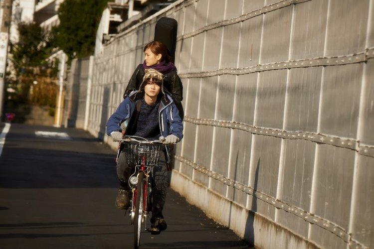 https://www.ragusanews.com/resizer/resize.php?url=https://www.ragusanews.com//immagini_articoli/30-06-2016/1467294323-1-tokyo-love-hotel-un-film-di-hiroki-ryuichi.jpg&size=750x500c0