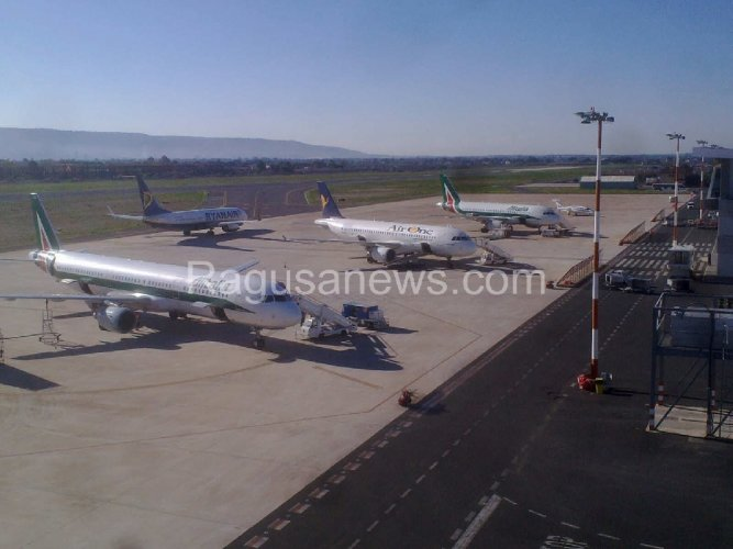 https://www.ragusanews.com/resizer/resize.php?url=https://www.ragusanews.com//immagini_articoli/31-03-2016/1459456019-0-aeroporto-comiso-si-a-incentivazione-rotte-da-ue.jpg&size=667x500c0