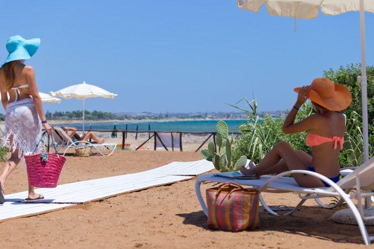 https://www.ragusanews.com/resizer/resize.php?url=https://www.ragusanews.com//immagini_articoli/31-07-2015/1438333530-1-podere-baia-porto-ulisse-ecoturismo-e-relax-ristorante-vegetariano.jpg&size=750x500c0